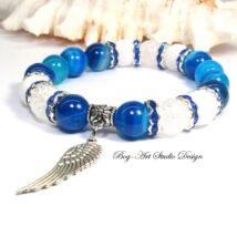Achát karkötő angyalszárnnyal kék színben
