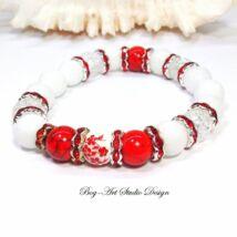Exkluzív Jáde karkötő Hegyikristály és Howlit gyöngyökkel porcelán köztessel