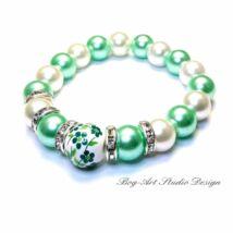 Gyöngy karkötő - 10 mm-es gyöngyök halványzöld és fehér színekben porcelán medállal