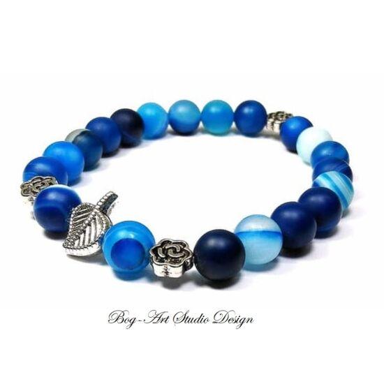 Achát karkötő kék matt gyöngyök levél és virág köztesekkel