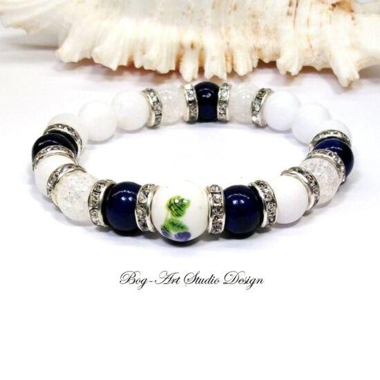 Jáde karkötő Lápis lazuli és hegyikristály gyöngyökkel porcelán medállal