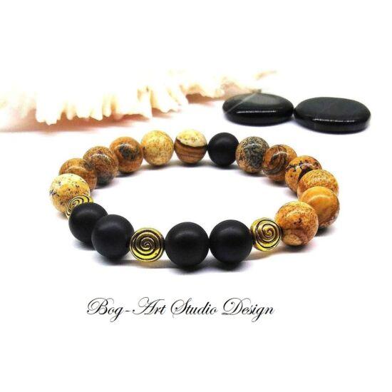 Jáspis karkötő matt Ónix gyöngyökkel és arany színű köztesekkel