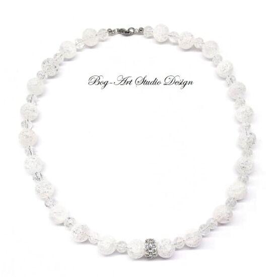 Hegyikristály nyaklánc roppantott gyöngyökből kristály köztessel