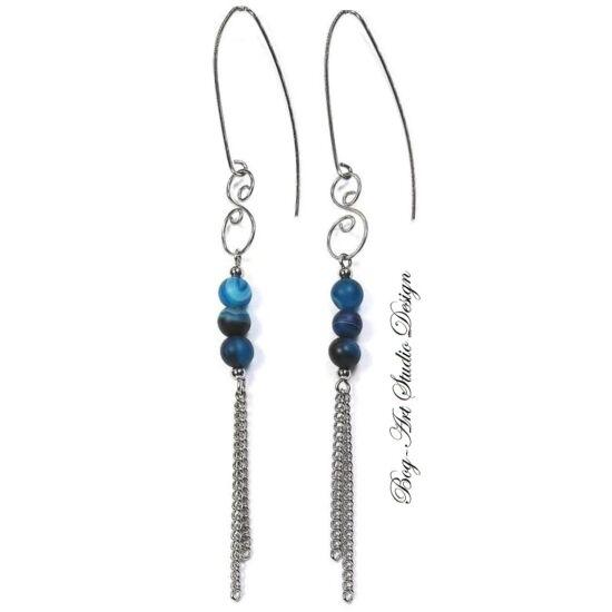 Bog-Art Studio - Achát fülbevaló kék gyöngyök hosszú fülcsin láncokkal