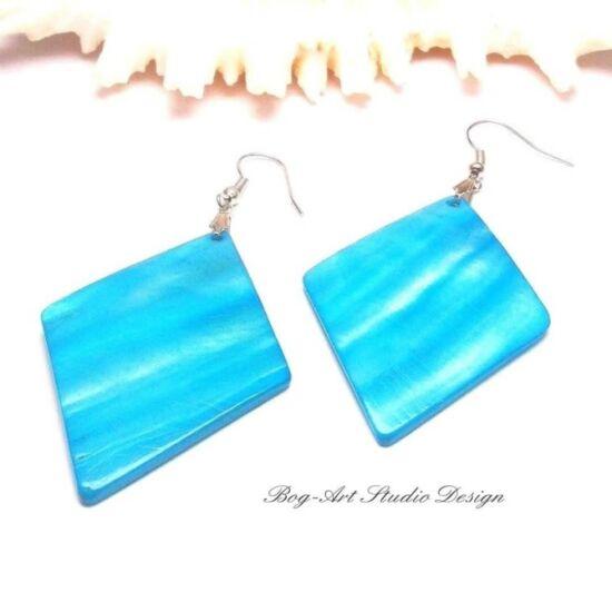 Kagyló fülbevaló - kék rombusz