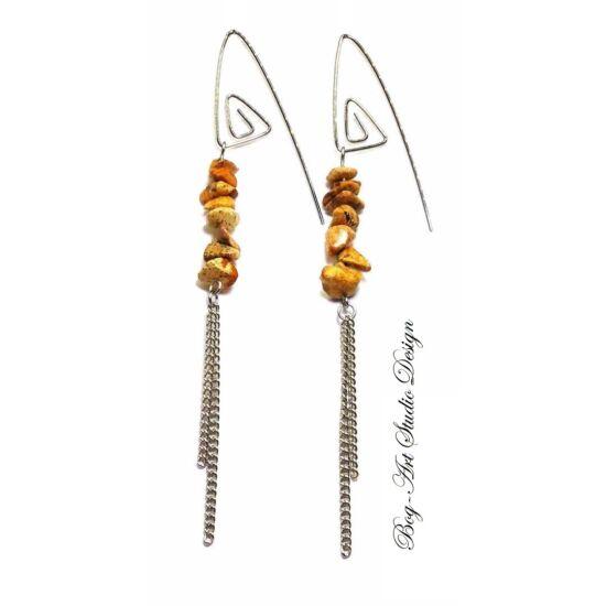 Képjáspis fülbevaló szemcsekövekből spirálfülcsin láncokkal