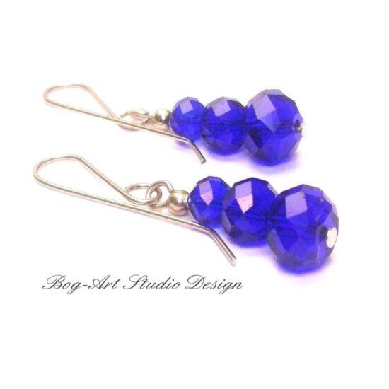 Bog-Art Studio - Kristály gyöngy fülbevaló - 3 szem kék gyöngy