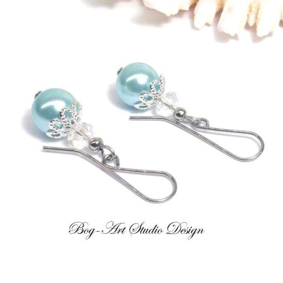 Gyöngy fülbevaló - gyöngy kristállyal fém kék és kirtály színben