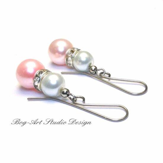 Gyöngy fülbevaló - rózsaszín és fehér - kristályokkal