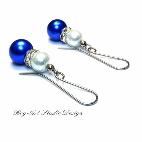 Gyöngy fülbevaló - sötét kék és fehér kristályokkal