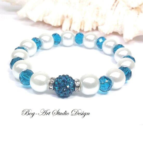 Gyöngy karkötő - fehér gyöngyökből smaragd kristályokkal
