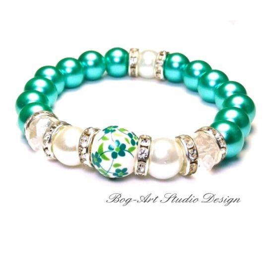 Tekla gyöngy karkötő - Zöld gyöngyök kristállyal és porcelán medállal