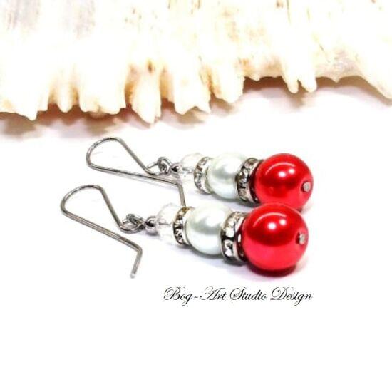 Gyöngy fülbevaló - piros és fehér gyöngy áttetsző kristállyal